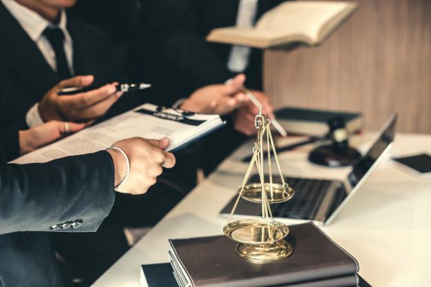 «Белая» ликвидация компании, ликвидация лишних юридических лиц путем реорганизации